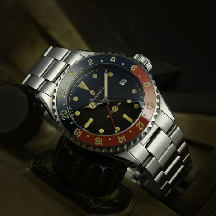 Steinhart Ocean 39 vintage GMT Premium blue/red Keramik